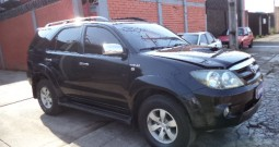 Toyota Hilux Sw4 Srv 3.0 4×4 At